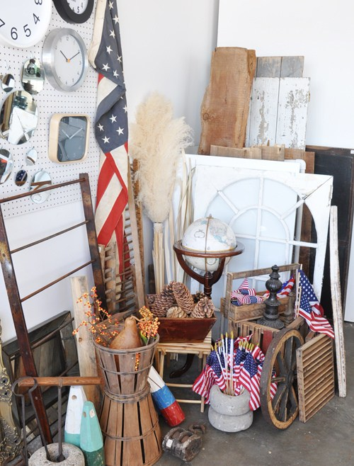 NEW: Boston Prop Rental House, Mad Props